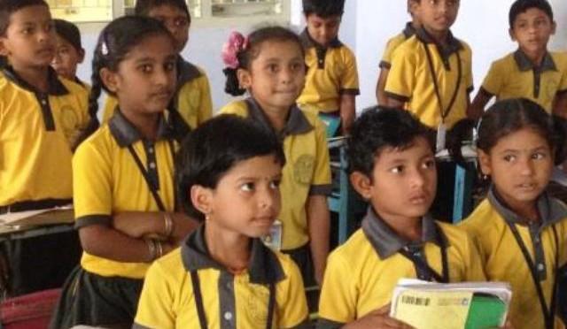 Schulprojekt von Pfarrer Peter in Indien